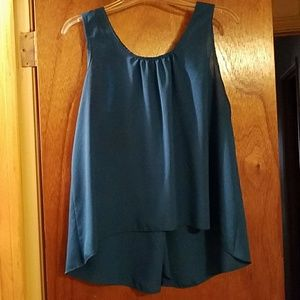 Tops - Sleeveless Fashionable Blouse
